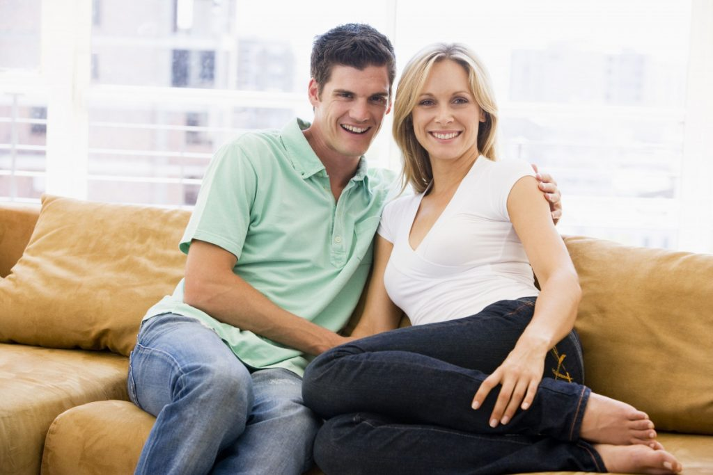 Older Women Dating Younger Men: A frank, honest comparison of the Pros and Cons