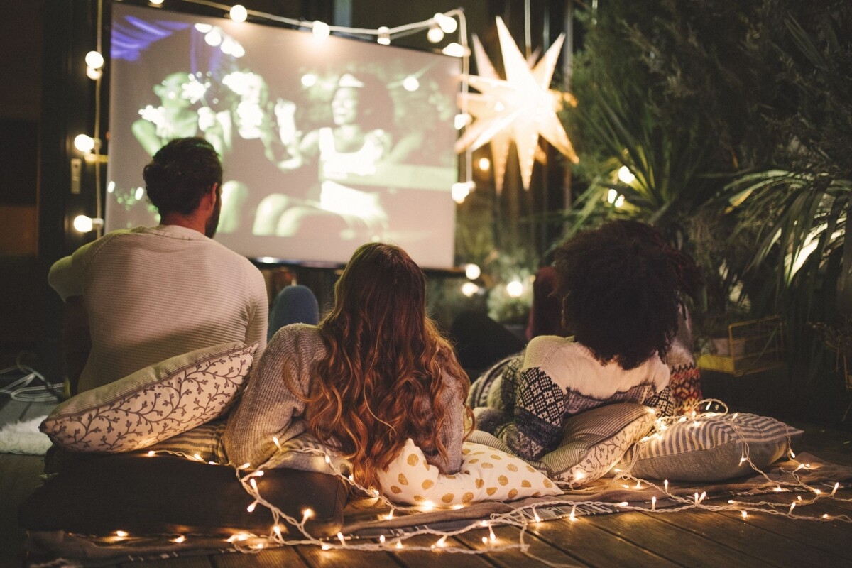 9 Movies That Set The Mood For Date Night